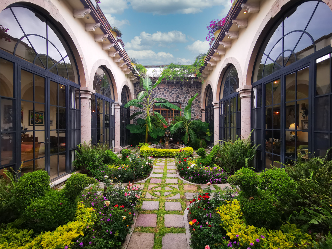 """""""Central garden area, Southerby House, SMA."""" stock image"""