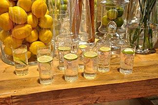 Getränke mit Zitrone