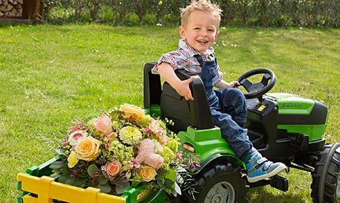 Muttertag Junge Blumen Traktor