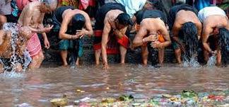Waschen in Nepal