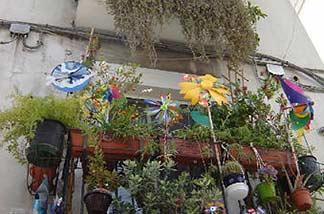 Decorative tips for balcony & terrace
