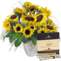 "Sunflowers pure with Gottlieber Hüppen ""Special Edition for Fleurop"""