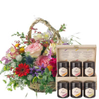 Romantic Seasonal Basket with honey gift set