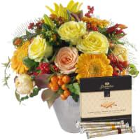 """Blumenstrauss des Monats November mit Gottlieber Hüppen """"Special Edition for Fleurop"""""""