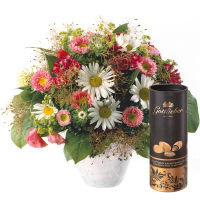 June Bouquet of the Month with Gottlieber cocoa almonds