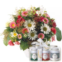 Natural Summer Bouquet with Gottlieber tea gift set