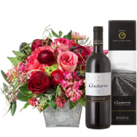 Poetry with Roses with Red Wine Gudarrà - Aglianico del Vulture (75cl)