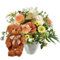 Doux bouquet de saison avec ours en peluche (brun)