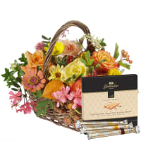 "A Basket full of Flowers with Gottlieber Hüppen ""Special Edition for Fleurop"""