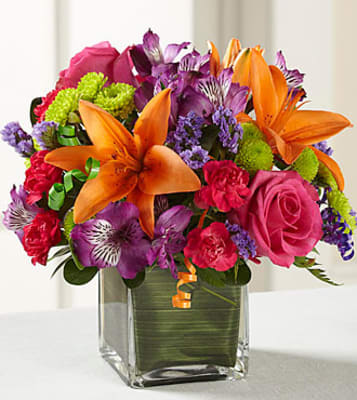D2 5189 The FTDR Birthday CheerTM Bouquet