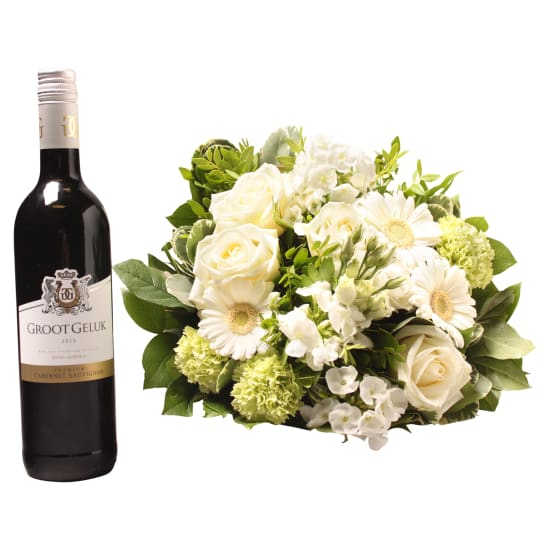 White bouquet with Groot Geluk Red