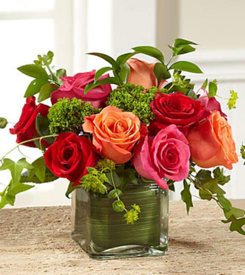 E2-5240 The FTD® Lush Life™ Rose Bouquet