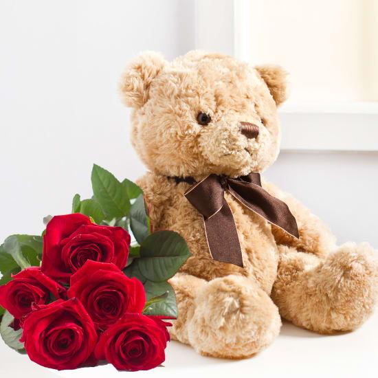 7 Rosen mit Teddybär
