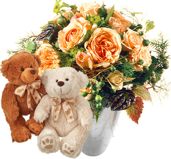 Delicate Rose Bouquet with two teddy bears (white & brown)
