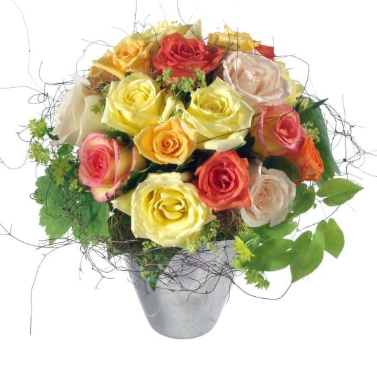 Un saluto con rose dal cuore