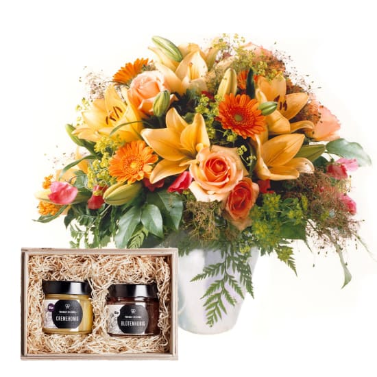 "Gorgeous Bouquet of Flowers with honeybox ""Fine Duo"""
