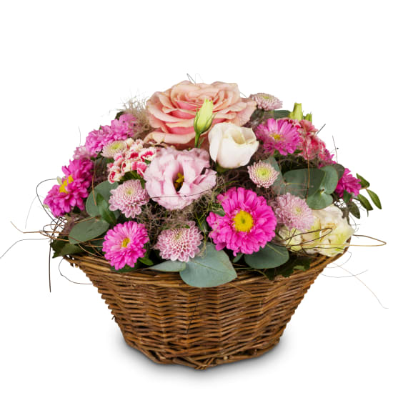Korb voll zarter Blumen
