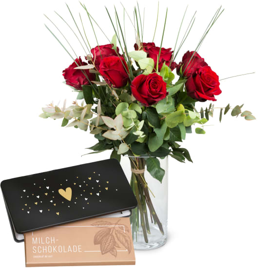 9 Red Roses with greenery and bar of chocolate «Heart»