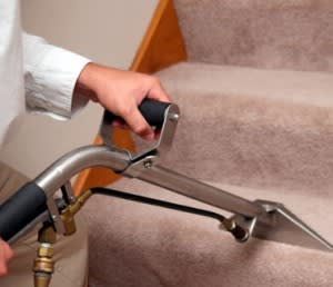 carpet-cleaning-5-300x258