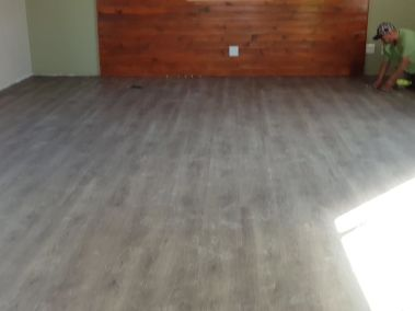 vinyl-installation-flooring