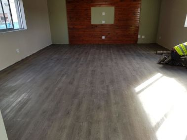 vinyl-flooring-application