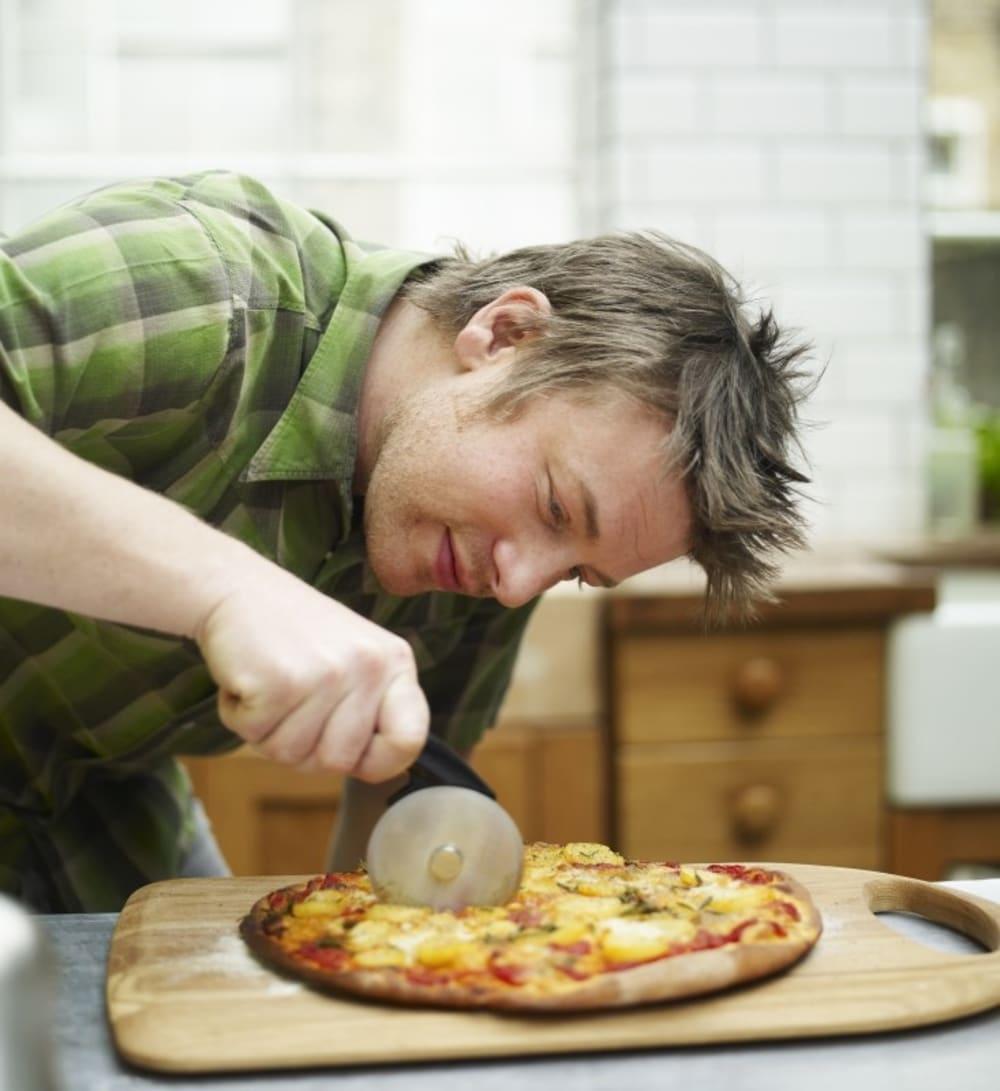 JO - Nóż do pizzy