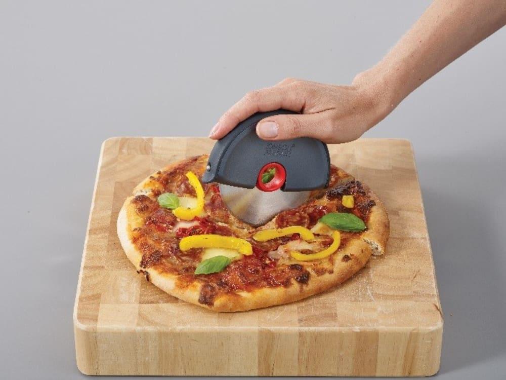 Okrągły nóż do pizzy DISC JOSEPH JOSEPH