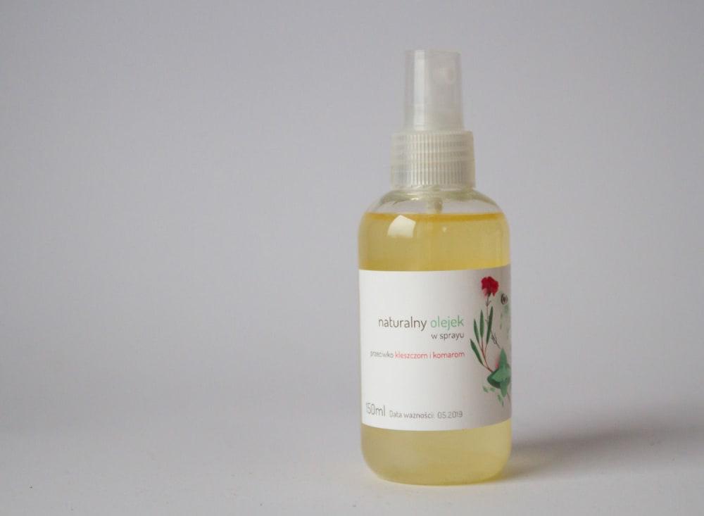 Naturalny olejek w sprayu odstraszający kleszcze
