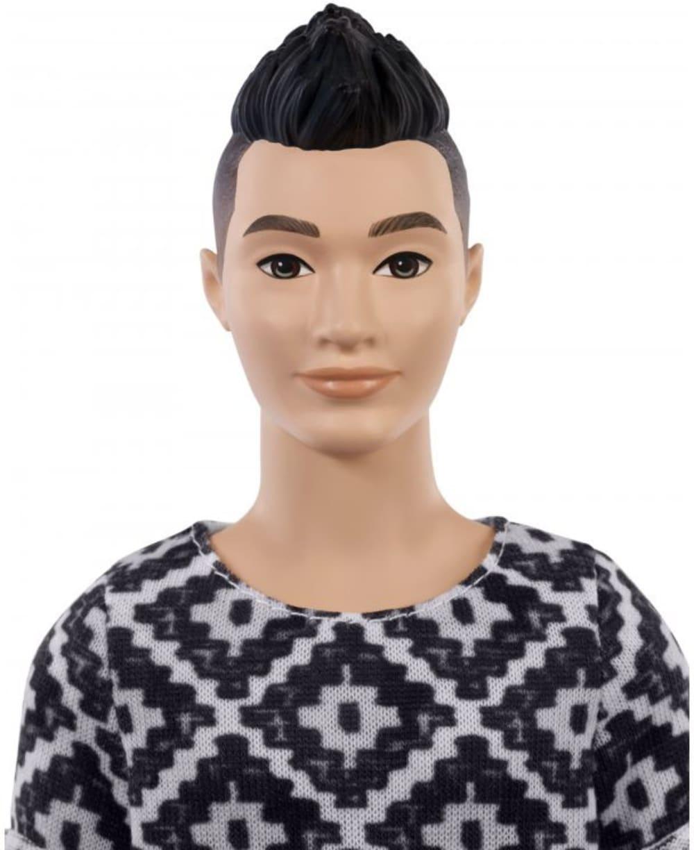 Barbie stylowy Ken (koszulka we wzorki)