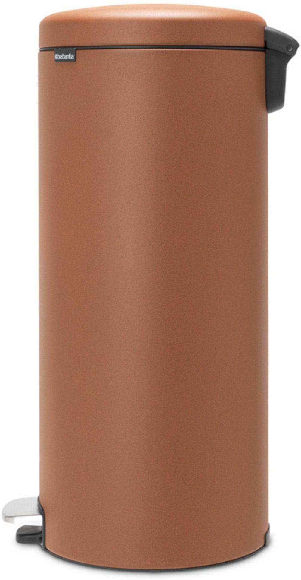 Brabantia kosz pedałowy NEWICON z powłoką mineralną cynamonowy 30 l