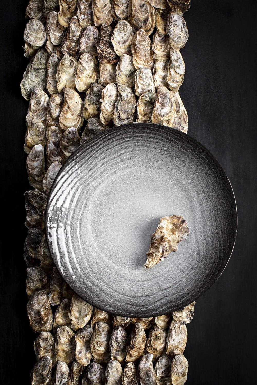 SWELL Talerz płaski 28,3 cm czarny piasek