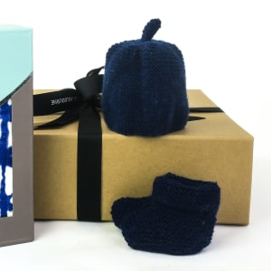 Nippers knits beanie and bootie (navy)