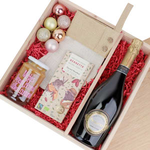 Christmas Present - Hazelnut