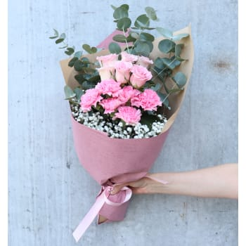 DIY Roses, Carnations & Gyp
