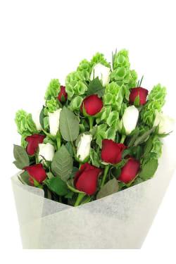 Yuletide Bouquet - Standard