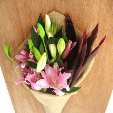 Lilies & Tropical leaves - Standard