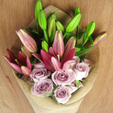 Roses & Lilies Subscription - Standard