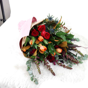 Premium Seasonal bouquet  - Standard