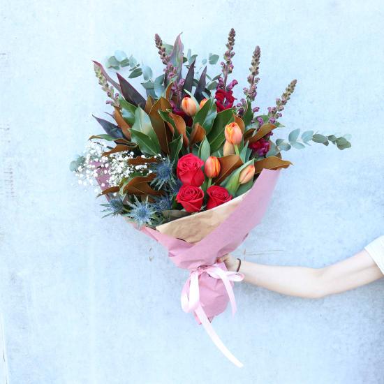Premium Seasonal bouquet  - Standard