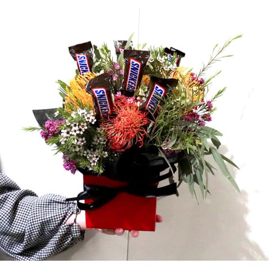 Sweet Wildflower Posy Box - Standard