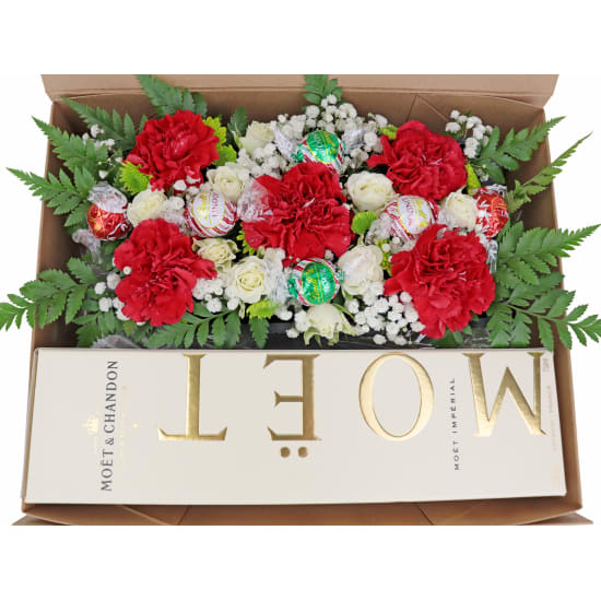 Elegant Moet Hamper - 18 Roses