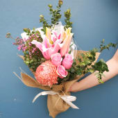 Daily Bouquet 19 Sep, 2018