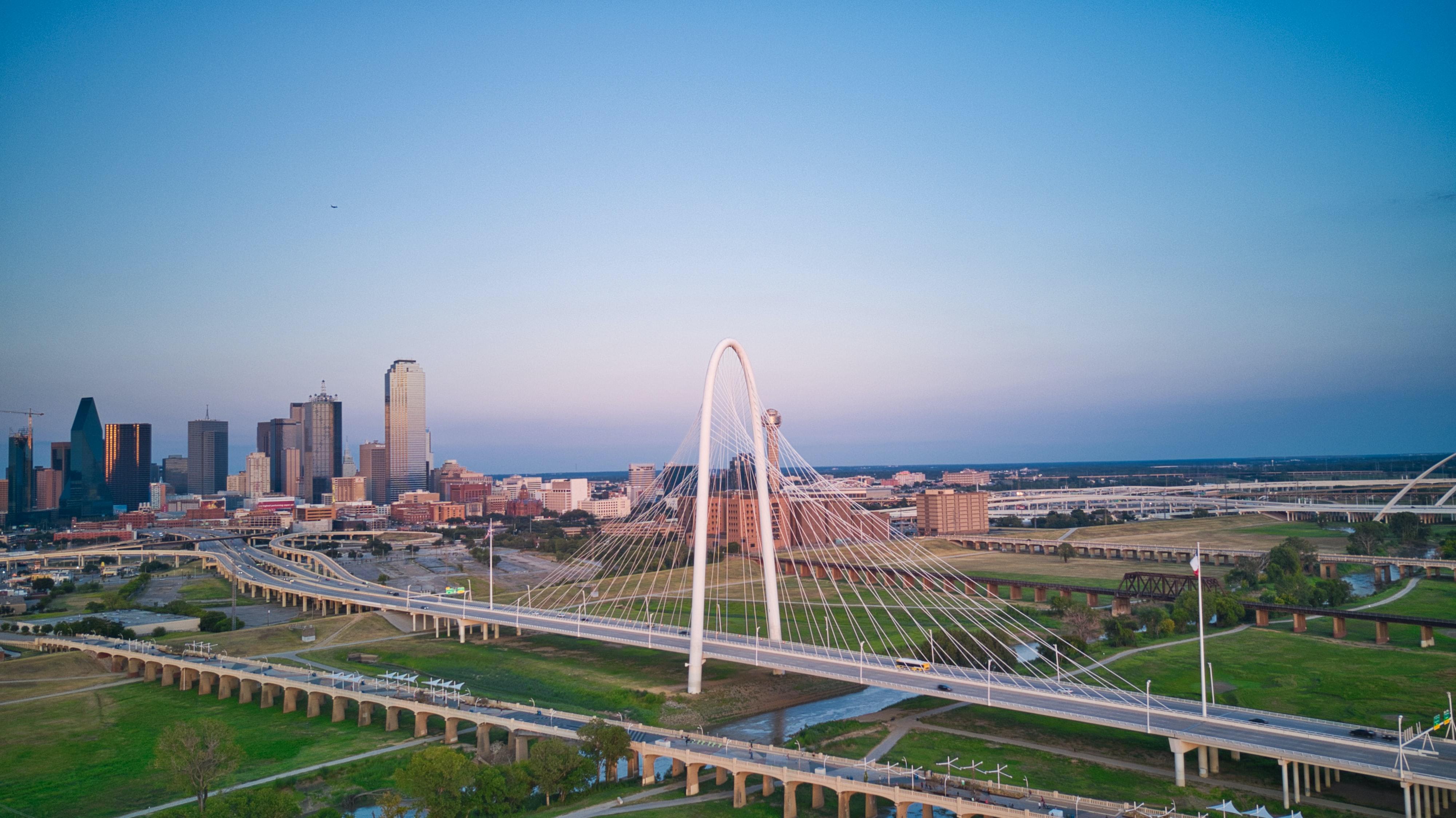 Hero photograph of Dallas Love Field DAL in Dallas TX