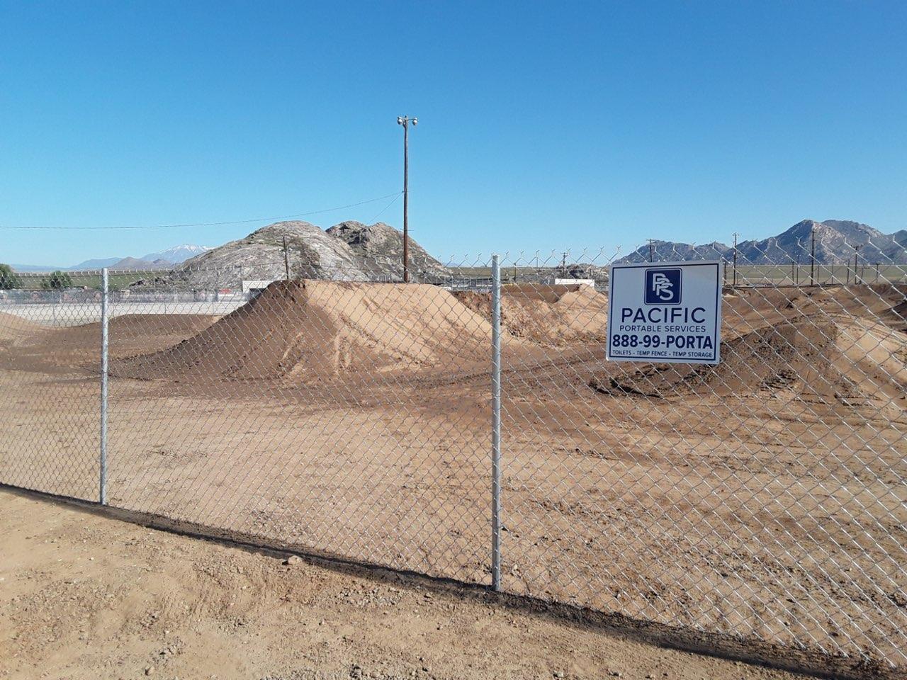 construction site temp fence