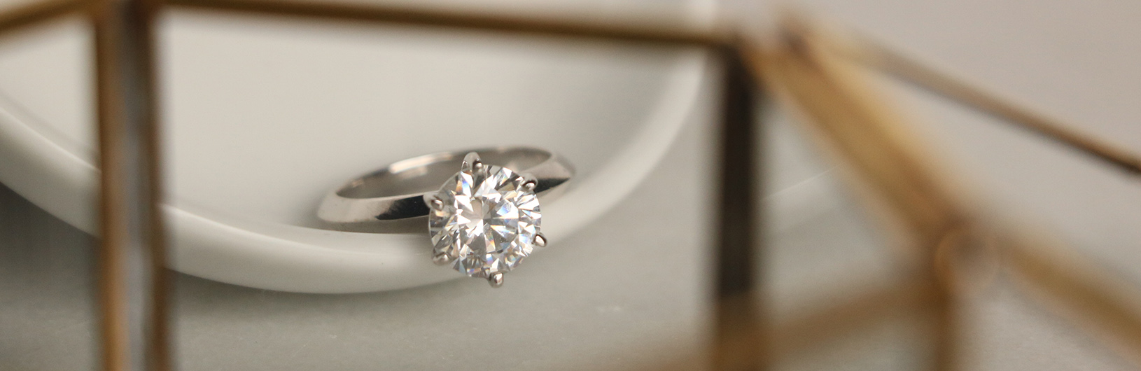 A round cut solitaire engagement ring