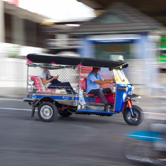Follow Me Bangkok bicycle tours private tuk tuk