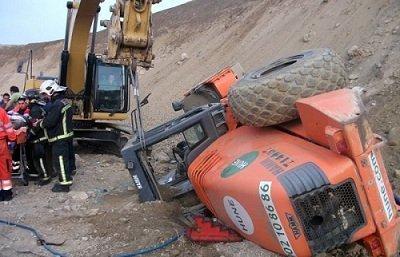 accidente excavadora almeria Let's Prevent! - Accidentes: herido un trabajador tras volcarse su excavadora en Almeria