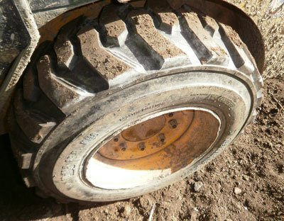 Let's Prevent! - Accidentes: Fallece un trabajador en Cuenca mientras manipulaba la rueda de un tractor