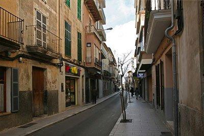 Let's Prevent! - Accidentes: Un herido grave tras caerse a 2 metros en Mallorca