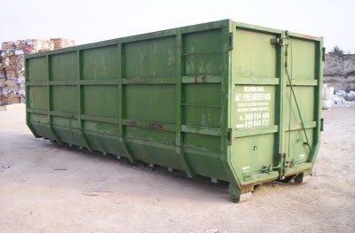 ejemplo contenedor de chatarra